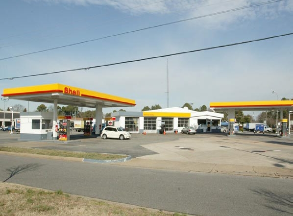 Bromley SC Shell Station.indd